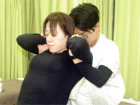 首こり・肩こり治療
